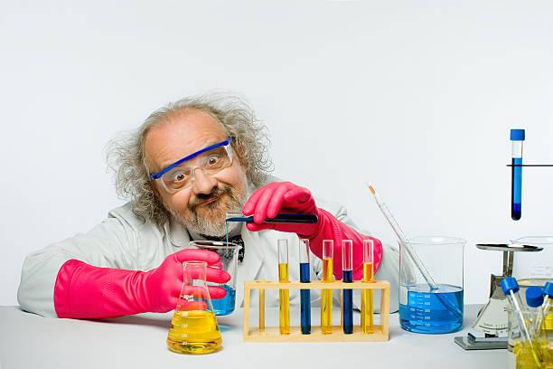 verrückter wissenschaftler - erfinder der fotografie stock-fotos und bilder