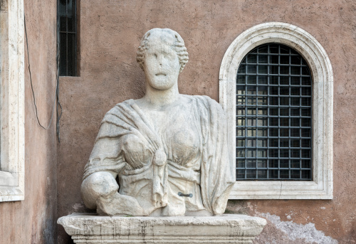 Madama Lucrezia talking statue, Piazza San Marco-Rome Italy
