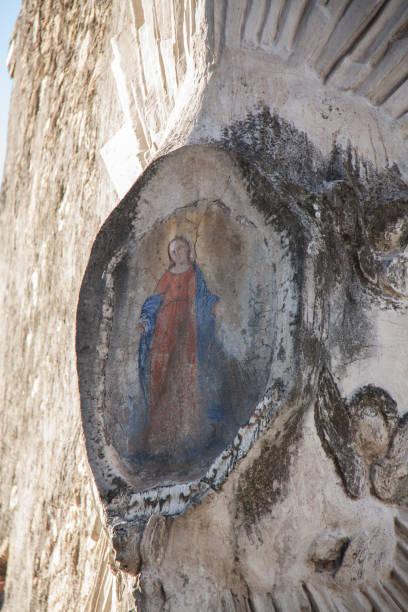 madonna - batalina madonna стоковые фото и изображения