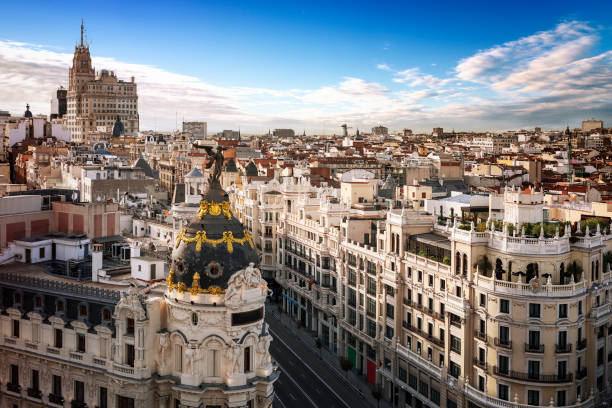 madrid city center, gran vis spain - madrid stok fotoğraflar ve resimler