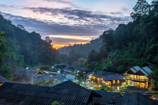 Mae Kampong Hill Tribe