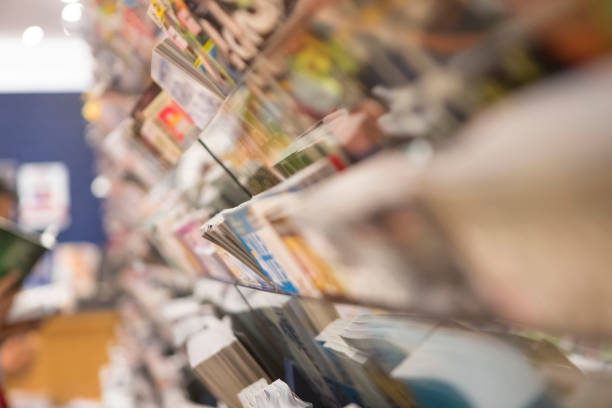Magazine rack Selection of magazines at the store magazine rack stock pictures, royalty-free photos & images