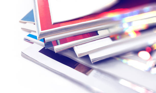 zeitschriften-heap-detail - publikation stock-fotos und bilder