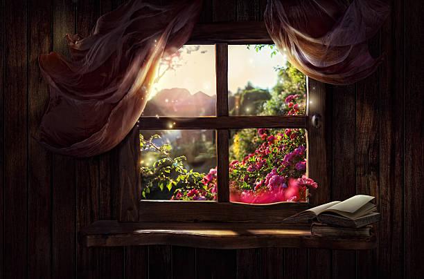 magic window mit märchen garten - indoor feen gärten stock-fotos und bilder