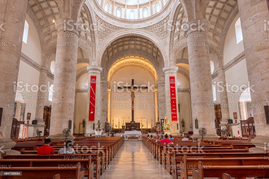 Magnífico interior da Catedral de Mérida em Yucatán, México - foto de acervo