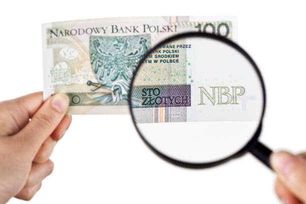 Magnifying a hundred zloty banknote picture id972885214?b=1&k=6&m=972885214&s=612x612&w=0&h=2fw rksfq4wzplbmlksyusetqrb xwbxp8tt6jnk5fo=