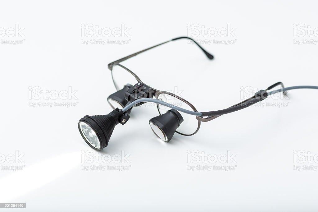 Lupenbrille eines Zahnarztes stock photo