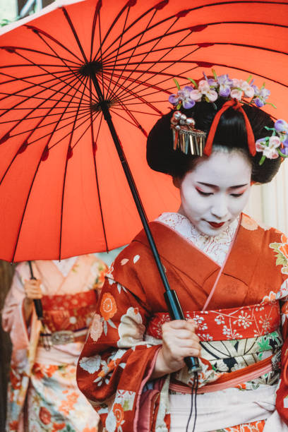 Maiko girls in Kyoto Maiko girls in Kyoto geisha stock pictures, royalty-free photos & images