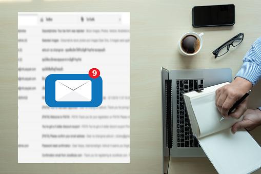 메일 연락처를 메일 통신 연결 메시지 전화 글로벌 편지 개념 개념에 대한 스톡 사진 및 기타 이미지