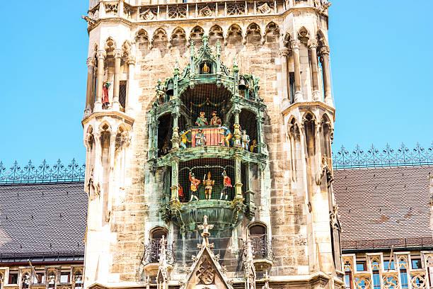 main clock tower in munich - münchens nya rådhus bildbanksfoton och bilder