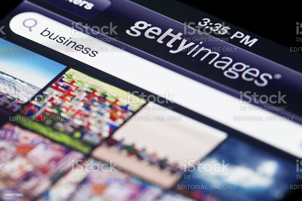 Gettyimages главный экран приложения на iPhone 4 - Стоковые фото Apple Computers роялти-фри