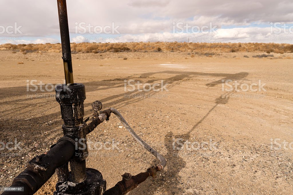 Main Shaft Pump Lack Oil Fracking Station Wyoming stock photo