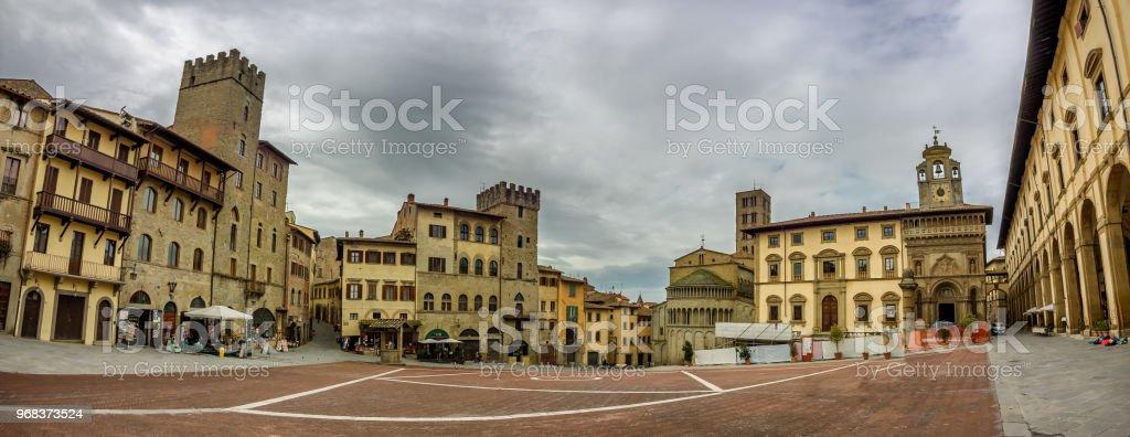 Main square in Arezzo, Tuscany - foto stock