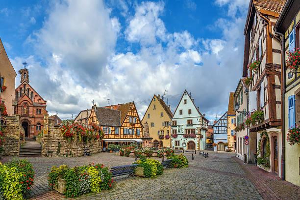 Main square in Eguisheim, Alsace, France – Foto