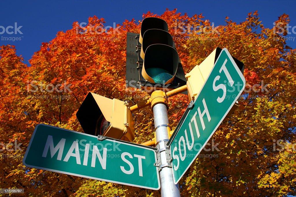 Main Street im Herbst – Foto