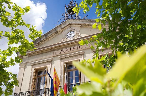 mairie  hotel de ville  town hall  france - gemeentehuis stockfoto's en -beelden