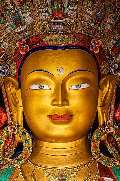 Buda Maitreya en Thiksey Gompa - foto de stock
