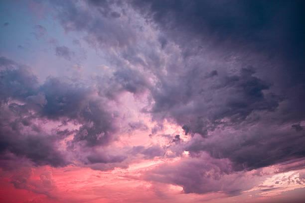 Majestic stürmischen Wolken. – Foto