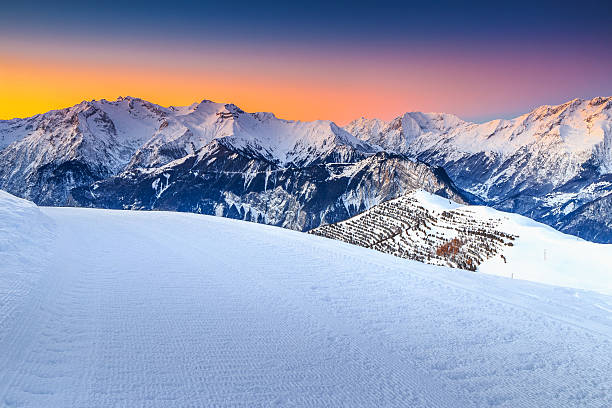 Majestic winter landscape and fantastic sunset,Alpe d Huez,France​​​ foto