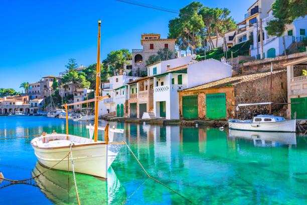 Île de Majorque, baie idyllique de Cala Figuera, beau vieux port de pêche, mer Méditerranée Espagne - Photo