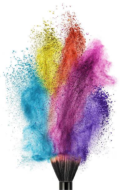 make-up pinsel und farbe taube isoliert - lila augen make up stock-fotos und bilder