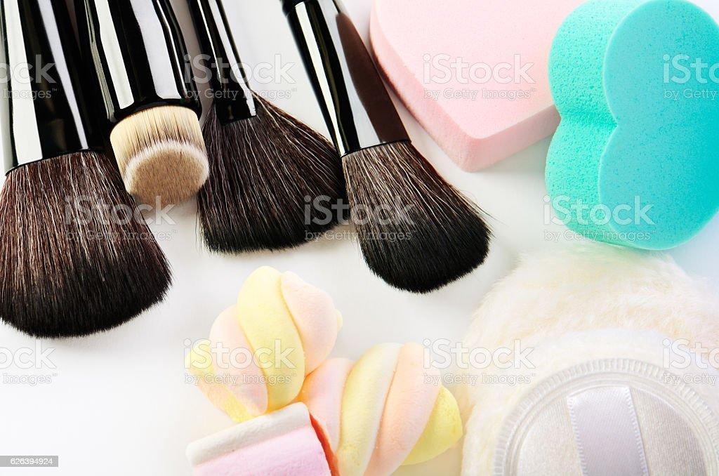 Resultado de imagem para makeup brushes