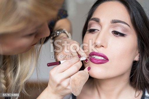 istock Makeup 532624885