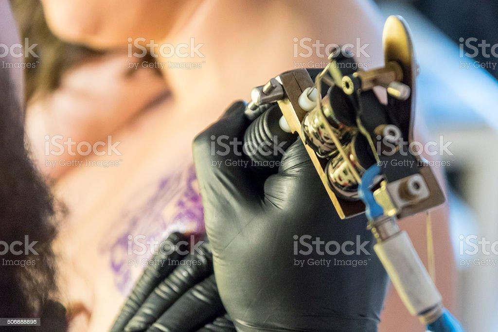 Nawiązywanie Tatuaż Zdjęcia Stockowe I Więcej Obrazów