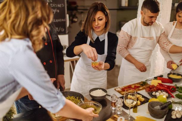 Bruschetta machen auf einen Kochkurs – Foto