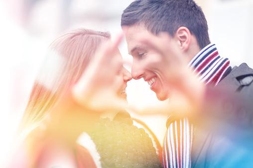 Deswegen ist die Dating-Welt fr Frauen so hart