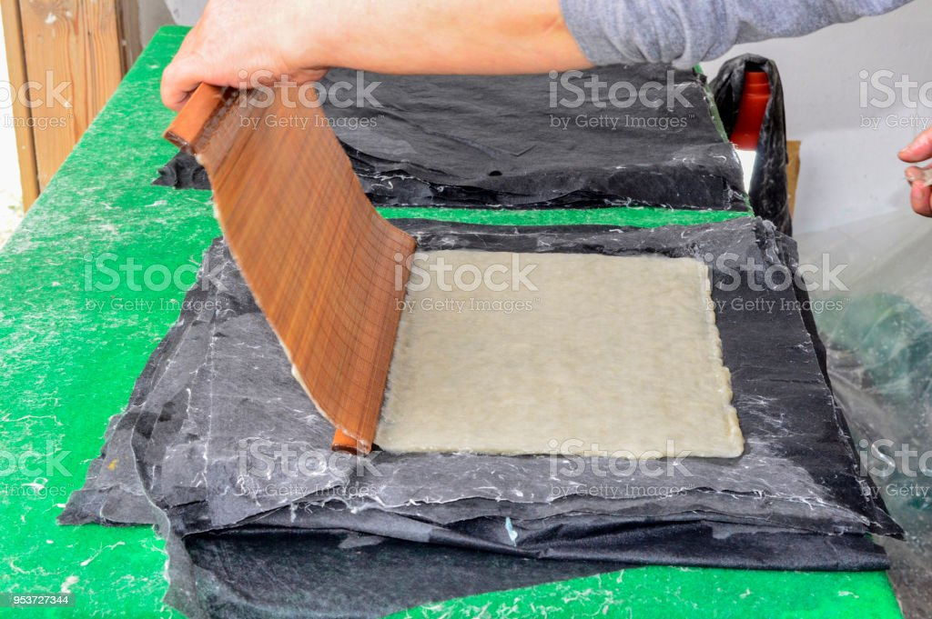 Making Korean traditional paper - fotografia de stock