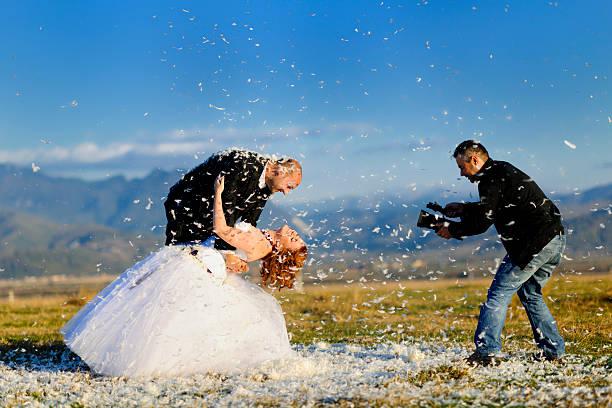 der ermäßigung - wedding photography and videography stock-fotos und bilder