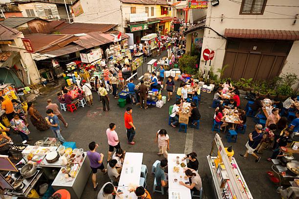 malacca melaka night market - malakka staat stockfoto's en -beelden