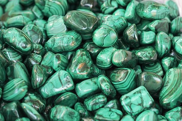 malachite - malachiet stockfoto's en -beelden