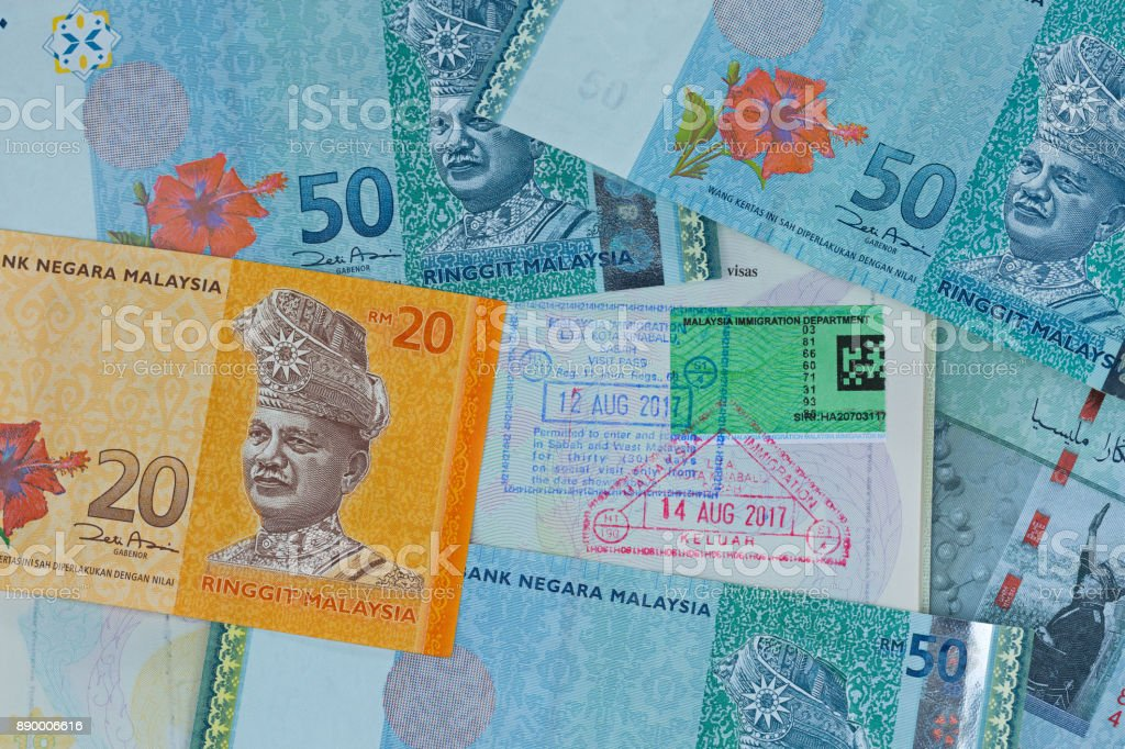 malaysian-ringgit-different-malaysia-dollar-banknote-money-on-with-picture-id890006616?k=6&m=890006616&s=612x612&w=0&h=imrzICGK2XtJE37y3rNLjDb_RxPwzsrRN_6zxH0sD30=