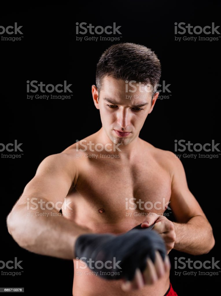 Male boxer wrapping hands foto de stock royalty-free