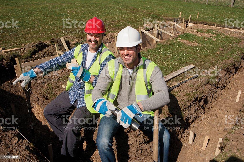 Männlichen Bauarbeiter Mittagspause – Foto