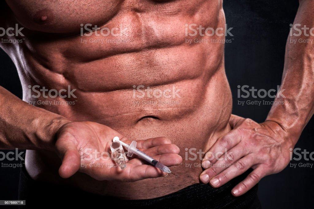Atleta masculino fitness com esteroides - foto de acervo