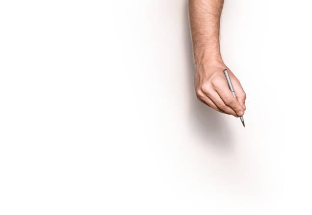 Männliche Hand ist bereit für das Zeichnen mit Stift, Ansicht von oben isoliert. – Foto