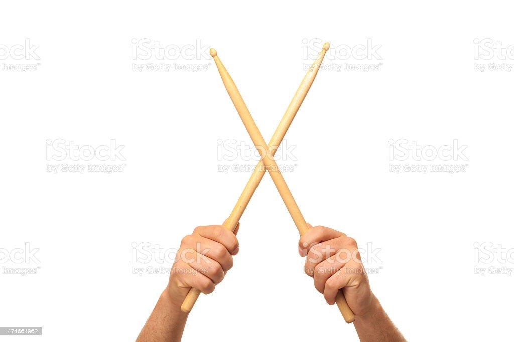 Macho Mãos segurando drum sticks - foto de acervo