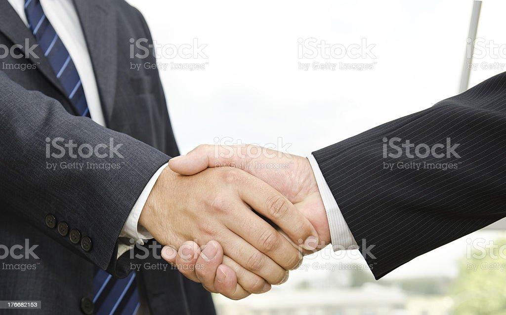 Macho apretón de manos foto de stock libre de derechos