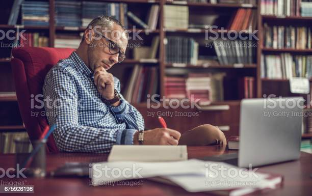 Male manager taking notes in home office picture id675926198?b=1&k=6&m=675926198&s=612x612&h=xvtz1s fnamz7xnxskyxh9ol2dowyjkqxhqgvml0isk=