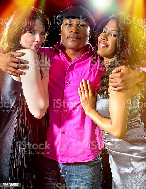 О женщинах в ночных клубах ночной клуб арлекино 90 х