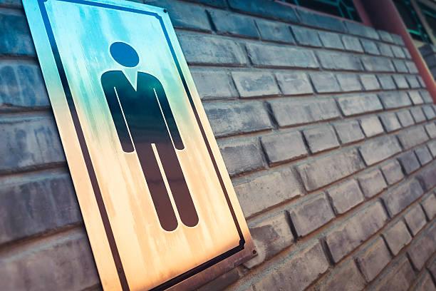 Sinal de Banheiros masculino - foto de acervo