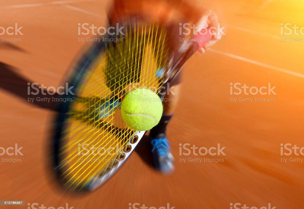 Männliche tennis-Spieler in Aktion - Lizenzfrei Aktivitäten und Sport Stock-Foto