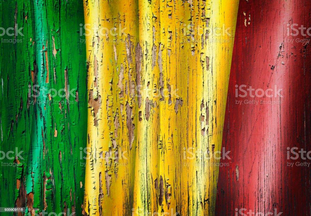 Bandeira do Mali de Mali grunge na porta velha de madeira - foto de acervo
