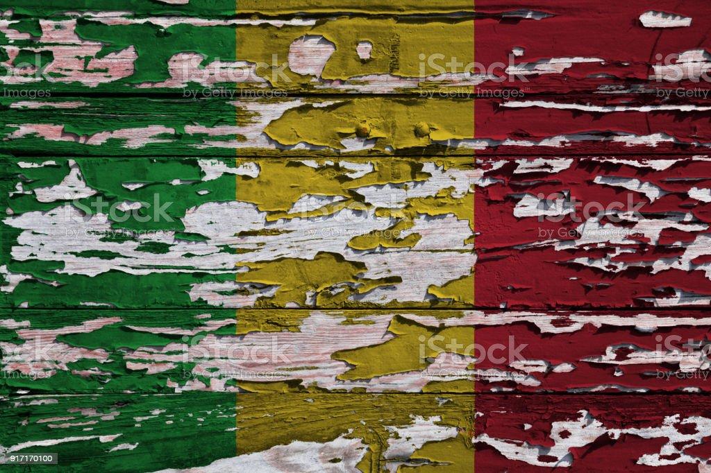 Bandeira do Mali pintado numa prancha de grunge - foto de acervo
