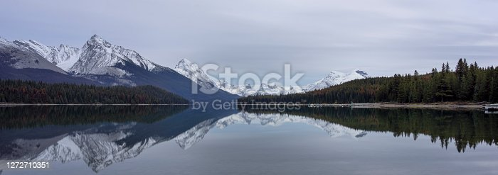 istock Maligne Lake in sunset 1272710351