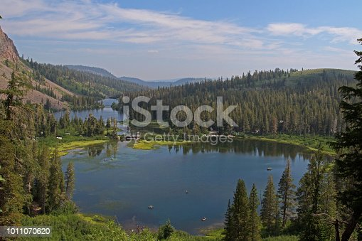elevated view of the twin lakes in Mammoth Lakes, CA