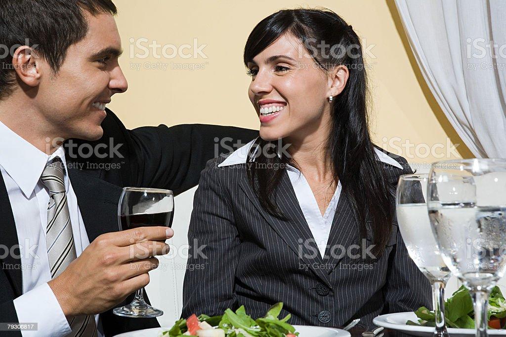 남성과 여성 레스토랑 royalty-free 스톡 사진